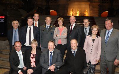 Delegation der kantonalen Offiziersgesellschaft besucht Thurgauer Bundesparlamentarier in Bern